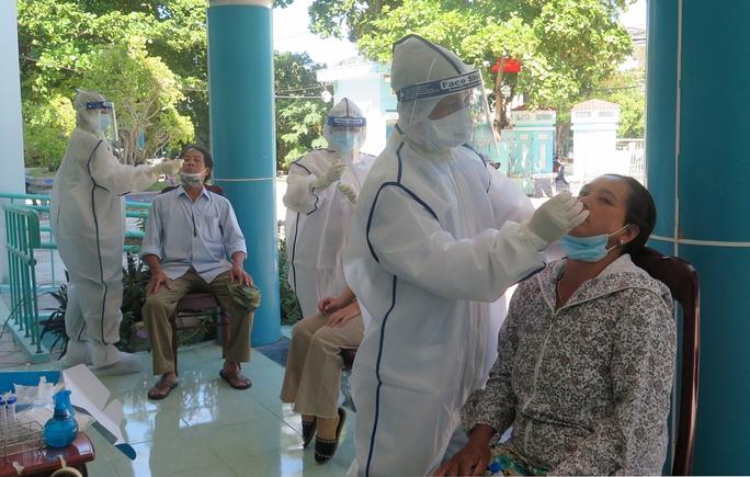 Một ca bệnh Covid-19 ở Phú Yên tử vong trên nền tai biến - Ảnh 1.
