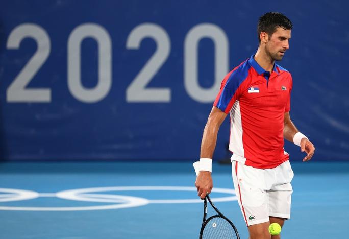 Djokovic mất danh hiệu Golden Slam sau thất bại ở Olympic Tokyo 2020 - Ảnh 3.