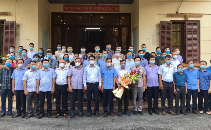 Thanh Hóa tăng cường thêm 50 y, bác sĩ hỗ trợ TP HCM, Bình Dương chống dịch - Ảnh 1.