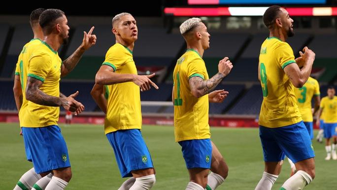 Brazil, Tây Ban Nha vất vả vào bán kết Olympic Tokyo 2020 - Ảnh 4.