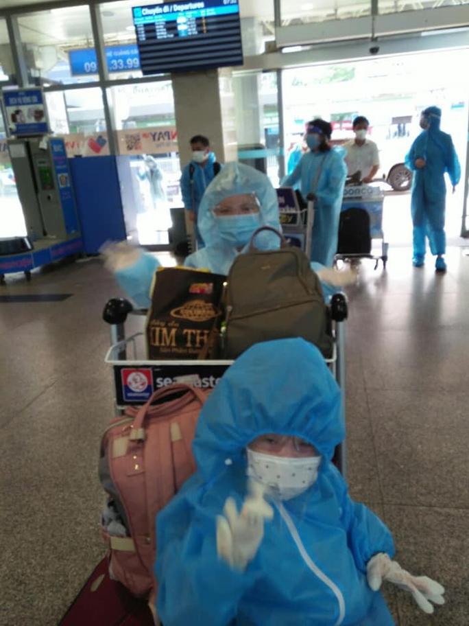 Quảng Nam tiếp tục đón đồng hương về quê bằng ôtô, máy bay - Ảnh 5.