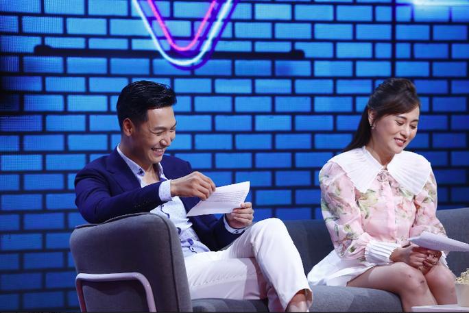 Phương Oanh - Mạnh Trường đưa nhau vào rạp xem Hương vị tình thân trong cuộc hẹn cuối tuần - Ảnh 3.