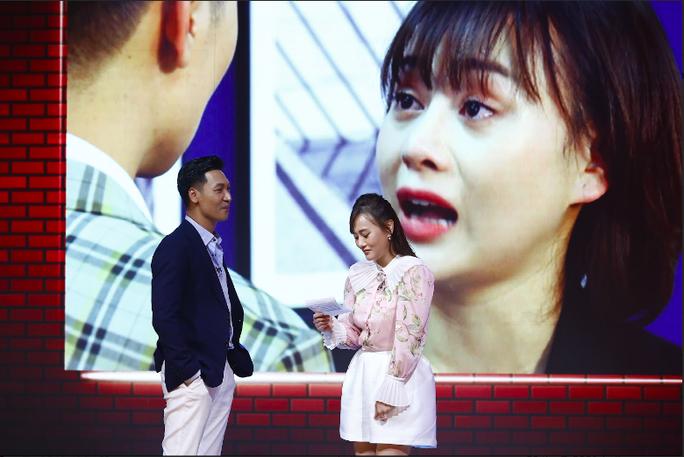 Phương Oanh - Mạnh Trường đưa nhau vào rạp xem Hương vị tình thân trong cuộc hẹn cuối tuần - Ảnh 1.