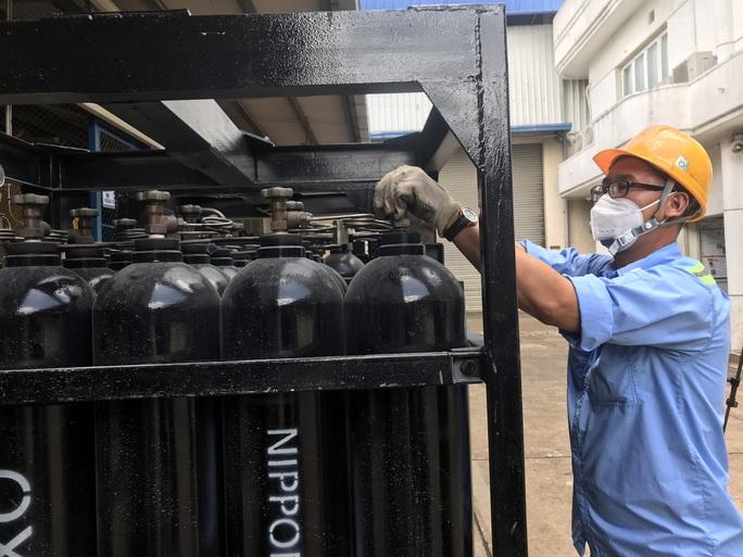 Cận cảnh nhà máy sản xuất ôxy cung cấp cho điều trị bệnh - Ảnh 5.