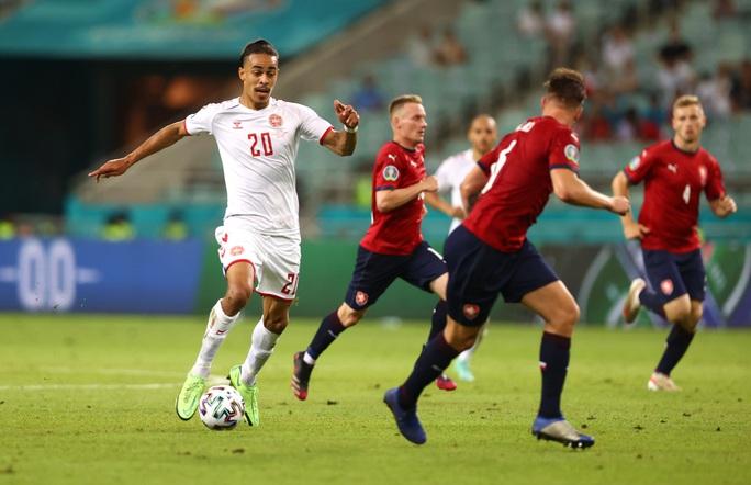 Đan Mạch xuất sắc vào bán kết Euro 2020 - Ảnh 8.