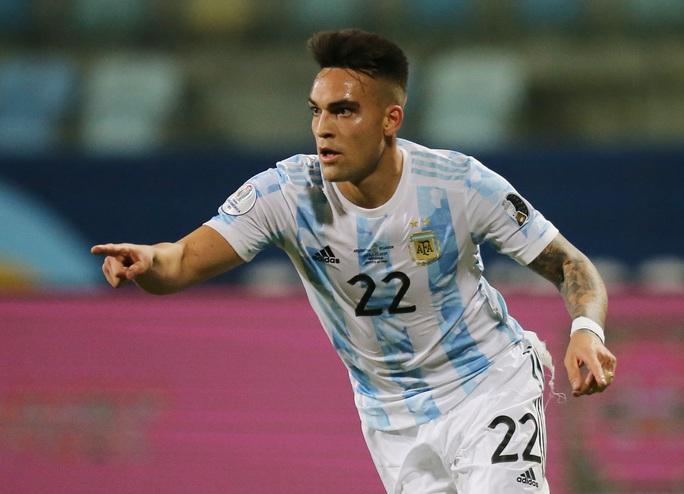 Messi trình diễn siêu hạng, Argentina hạ Ecuador vào bán kết Copa America - Ảnh 6.
