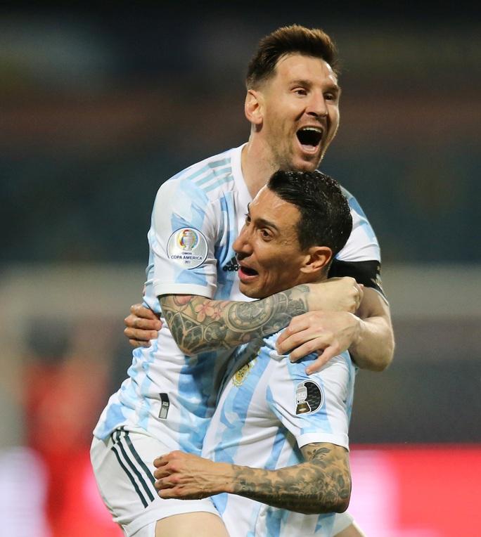 Messi trình diễn siêu hạng, Argentina hạ Ecuador vào bán kết Copa America - Ảnh 7.