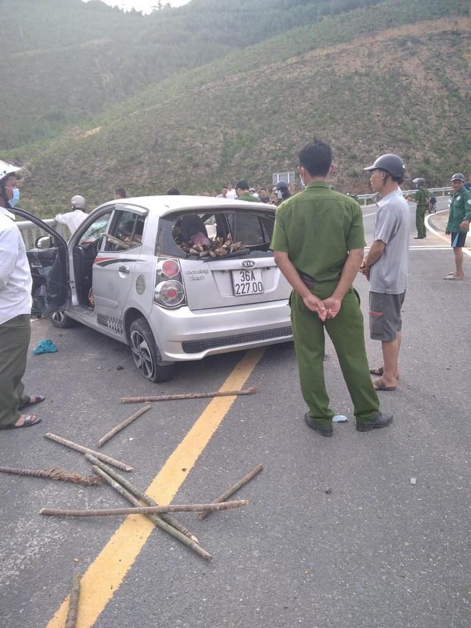 Quảng Nam: Cướp ôtô bỏ chạy rồi tự gây tai nạn - Ảnh 2.