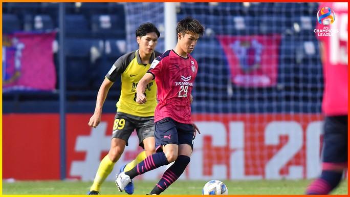 Đặng Văn Lâm lần đầu tiên bắt chính ở AFC Champions League - Ảnh 2.