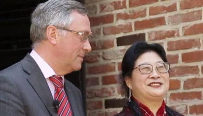 Vừa được miễn trừ ngoại giao, vợ đại sứ Bỉ tại Hàn Quốc lại bị tố đánh người - Ảnh 2.