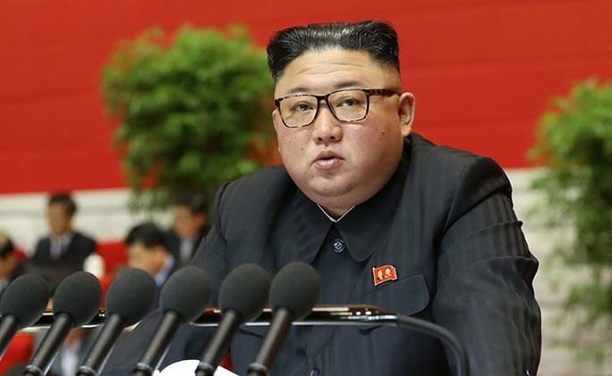 Tình báo Hàn Quốc: Ông Kim Jong-un sụt 10-20 kg - Ảnh 1.
