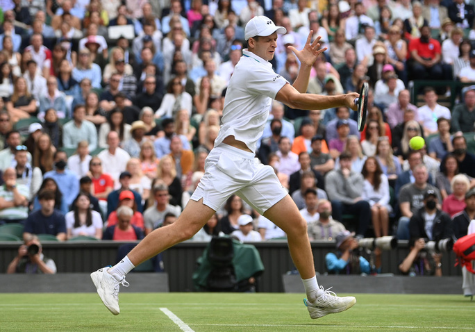 Roger Federer thua thảm tại Wimbledon 2021 - Ảnh 3.