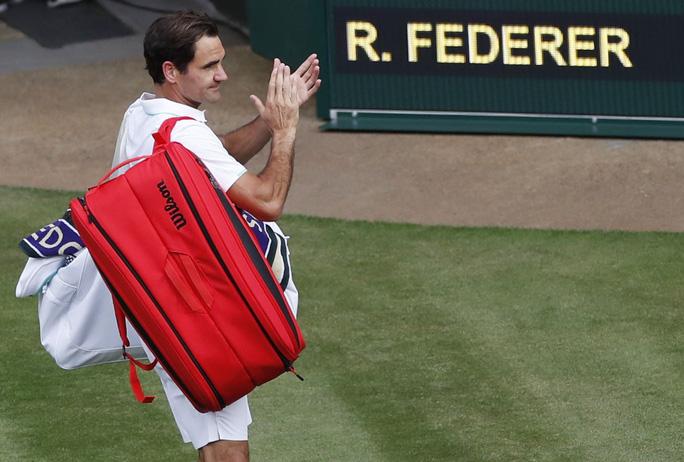Roger Federer thua thảm tại Wimbledon 2021 - Ảnh 7.