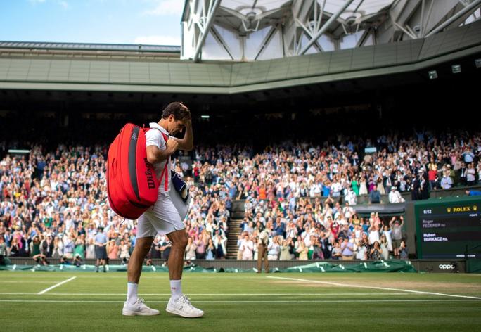 Roger Federer thua thảm tại Wimbledon 2021 - Ảnh 8.