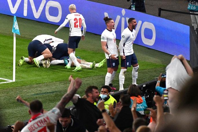 Được hưởng phạt đền, tuyển Anh vào chung kết Euro 2020 - Ảnh 11.