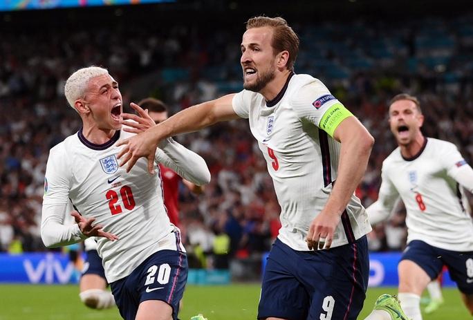 Được hưởng phạt đền, tuyển Anh vào chung kết Euro 2020 - Ảnh 9.