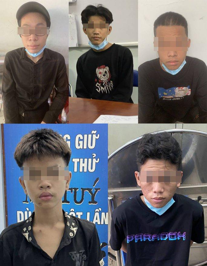 Nhóm thanh thiếu niên gây nhiều vụ cướp ở Hóc Môn, TP HCM - Ảnh 1.