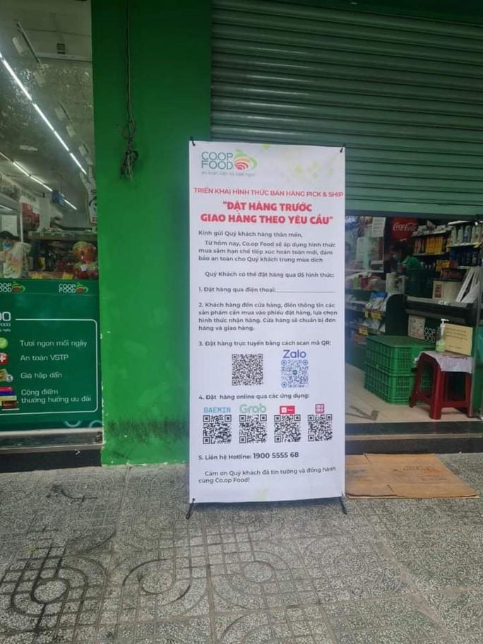Đoàn Thanh Niên, Hội phụ nữ... đi chợ thay người dân TP HCM - Ảnh 2.