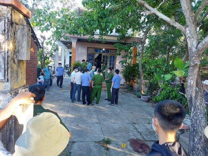Hiệu trưởng ở Quảng Nam bị kẻ xấu vào nhà sát hại - Ảnh 1.