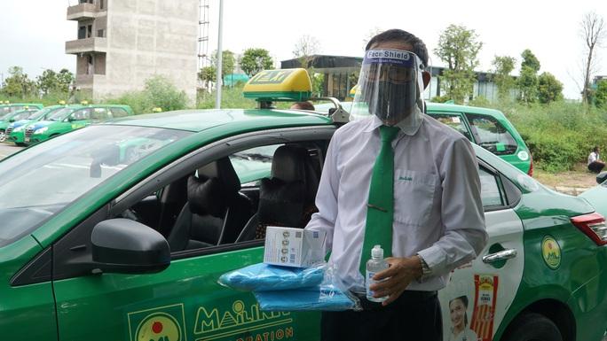 Người dân Hà Nội làm gì để gọi được taxi Mai Linh đưa đi cấp cứu hoặc đón ra viện? - Ảnh 2.