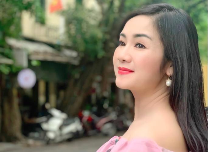 Phương Oanh cạnh tranh với Hồng Diễm, Thu Hà tại VTV Awards - Ảnh 3.