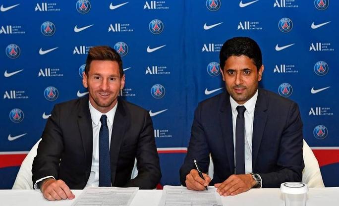 PSG ký hợp đồng bom tấn, tân binh Lionel Messi nhận số áo 30 - Ảnh 2.