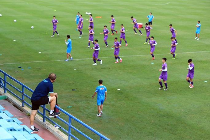 Đội tuyển Việt Nam đón sự trở lại của HLV Park Hang-seo - Ảnh 4.