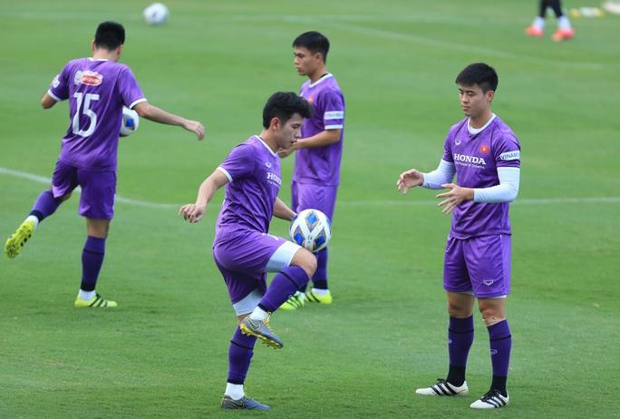 Đội tuyển Việt Nam đón sự trở lại của HLV Park Hang-seo - Ảnh 7.