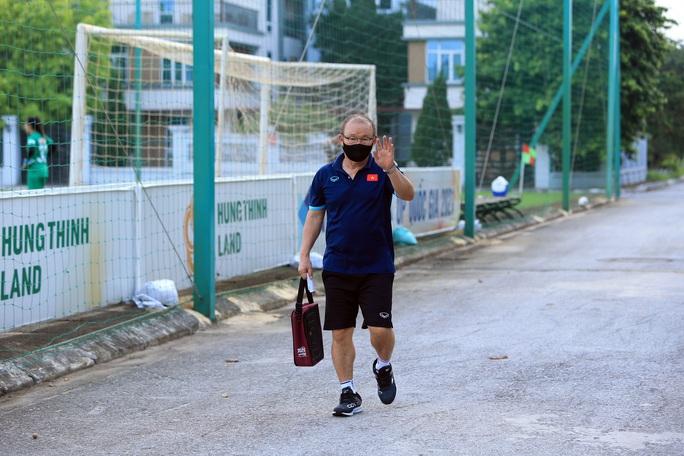 Đội tuyển Việt Nam đón sự trở lại của HLV Park Hang-seo - Ảnh 2.