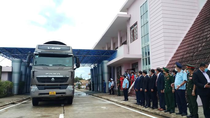 Khai trương Cửa khẩu quốc tế Nam Giang - Đắc Tà Oọc - Ảnh 3.