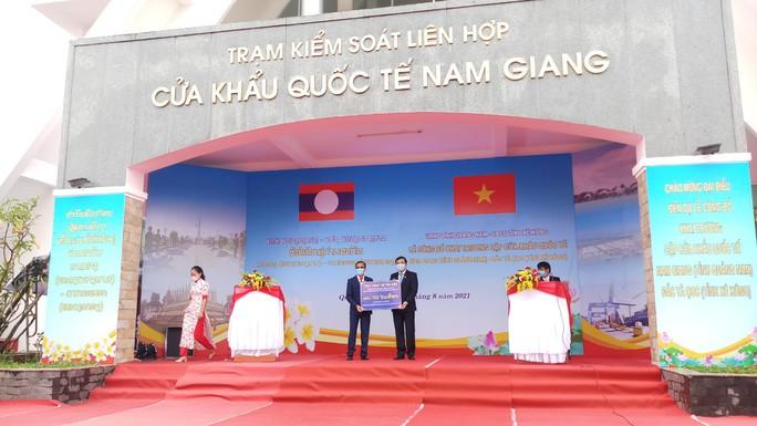 Khai trương Cửa khẩu quốc tế Nam Giang - Đắc Tà Oọc - Ảnh 2.