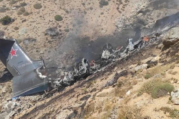 Máy bay Nga gặp nạn ở Thổ Nhĩ Kỳ, toàn bộ 8 người tử vong - Ảnh 2.