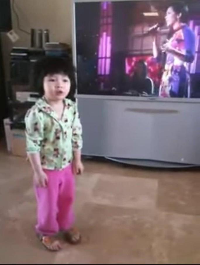 Bất ngờ với diện mạo và giọng hát của con gái ca sĩ Như Quỳnh - Ảnh 4.