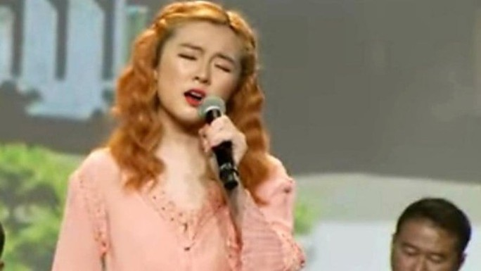 Bất ngờ với diện mạo và giọng hát của con gái ca sĩ Như Quỳnh - Ảnh 2.