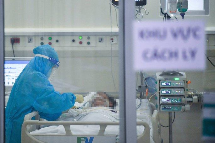 Vingroup trao tặng cộng đồng 500.000 lọ thuốc điều trị Covid-19 - Ảnh 1.