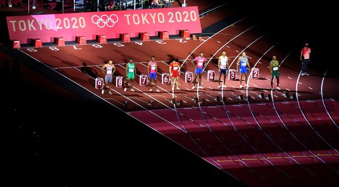 Chuyện chưa kể về người chạy nhanh nhất hành tinh - Ảnh 1.