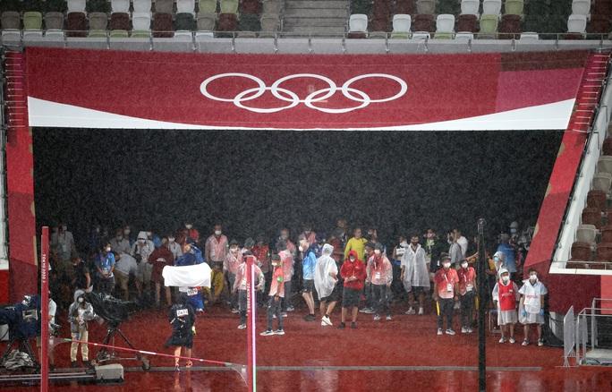 Olympic Tokyo ngày 2-8: Quách Thị Lan không phá kỷ lục cá nhân, dừng chân ở bán kết - Ảnh 1.
