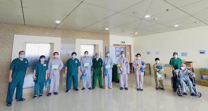 TP HCM: Bảo vệ nguồn lực y tế để chiến đấu với dịch bệnh lâu dài - Ảnh 1.