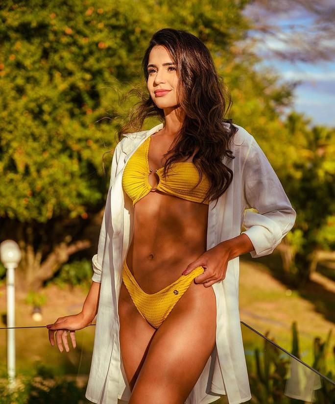 Đường cong bốc lửa của tân Hoa hậu Thế giới Brazil - Ảnh 2.
