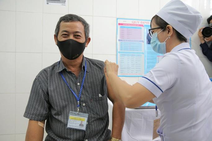Vắc-xin Nano Covax được Hội đồng đạo đức thông qua, chờ cấp phép khẩn cấp - Ảnh 2.