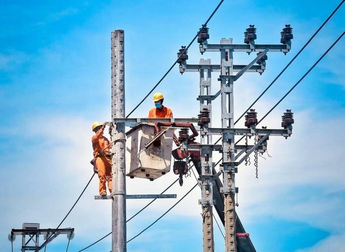 EVNCPC: Nhiều giải pháp đảm bảo cung cấp điện phòng chống dịch tại miền Trung – Tây Nguyên - Ảnh 5.