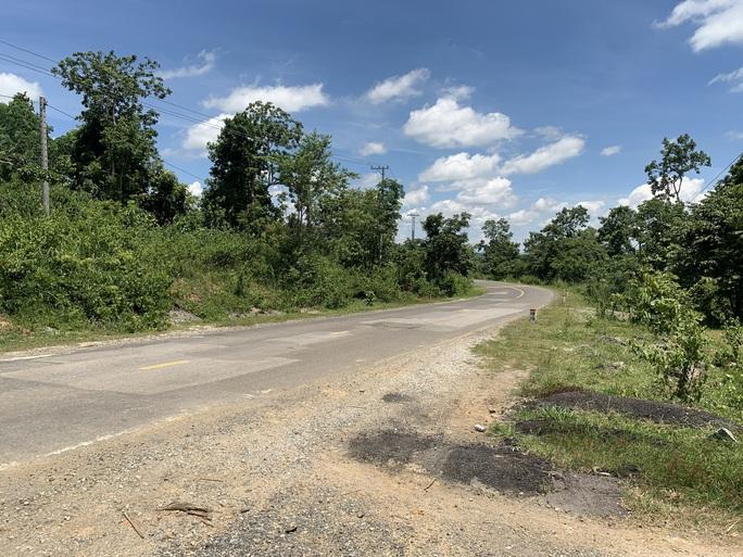 Đường Đông Trường Sơn ngàn tỉ hư hỏng do dự án điện gió - Ảnh 5.