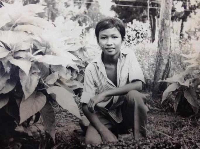 Chi Bảo lần đầu tiết lộ về tuổi thơ cơ cực - Ảnh 1.