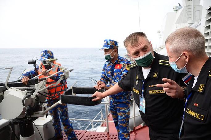 Đội tuyển Việt Nam thi đấu bắn pháo đối hải tại Army Games 2021 - Ảnh 1.