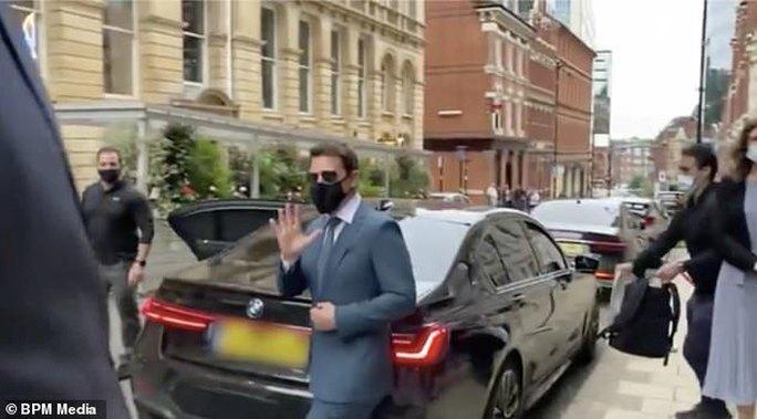 Tom Cruise tức giận vì bị trộm xe lẫn hành lý - Ảnh 2.