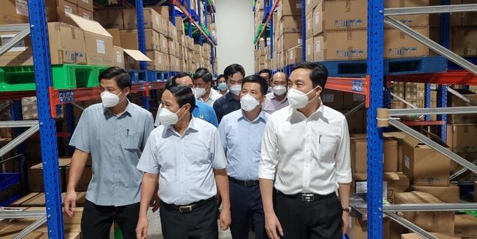 Khoảng 20% công nhân KCX-KCN ở TP HCM chưa được tiêm ngừa Covid-19 - Ảnh 1.