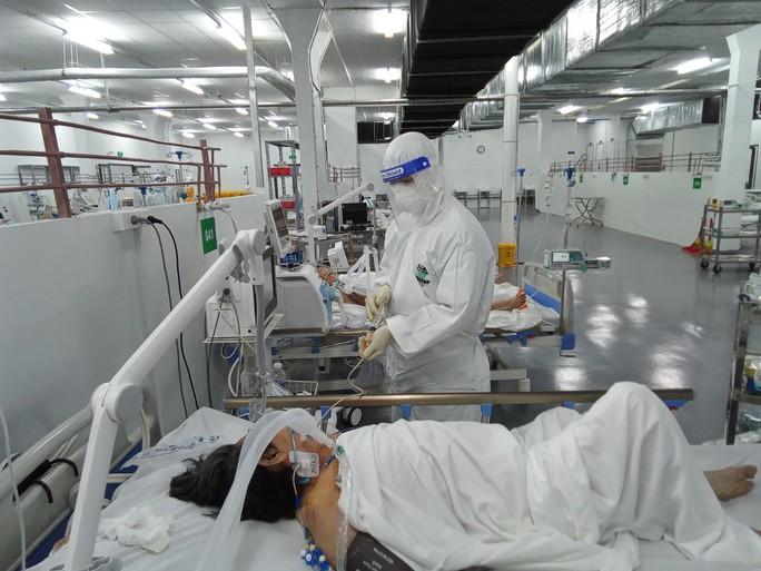 TP HCM: Bên trong bệnh viện dã chiến số 14 chuyên cấp cứu bệnh nhân Covid-19  - Ảnh 5.
