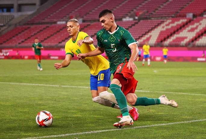 Tuyển Brazil thắng luân lưu, lọt vào chung kết Olympic Tokyo 2020 - Ảnh 2.