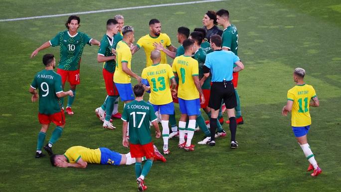 Tuyển Brazil thắng luân lưu, lọt vào chung kết Olympic Tokyo 2020 - Ảnh 5.