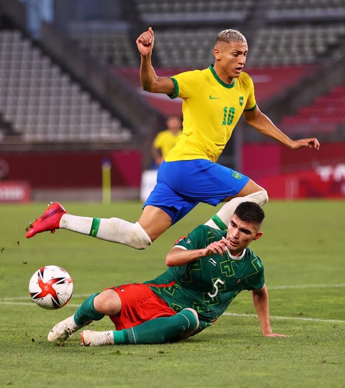 Tuyển Brazil thắng luân lưu, lọt vào chung kết Olympic Tokyo 2020 - Ảnh 6.